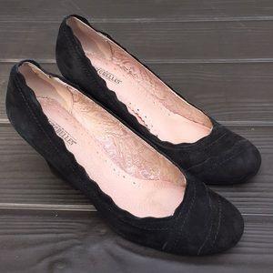 Seychelles suede wedge heels size 9